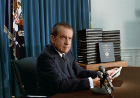 """STAR TREK È ANTIQUATO"", DISSE RICHARD NIXON..."